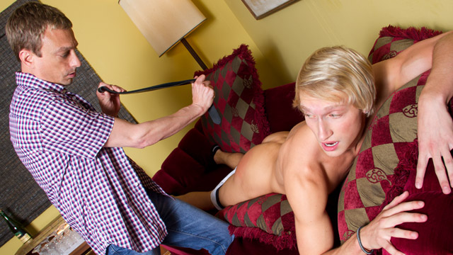 Gay Spanking Boys : Max's Hard Lesson!
