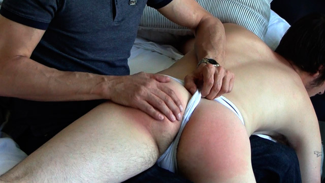 Gay Spanking Boys : Jeff Spanks Sam!